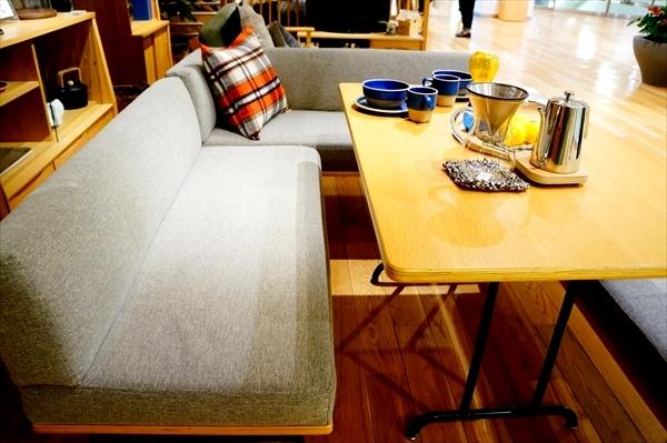 北欧テーブル 角が丸いテーブル